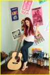 At Home With Ariana Grande Of Victorious